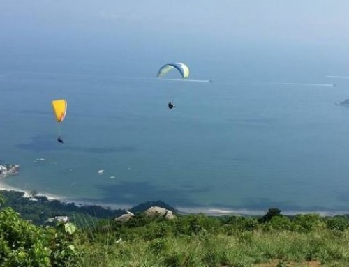 Paragliding in Sichuan while doing your internship in China!
